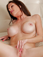 Anilos milf Angel dips her talented fingers deep within her cougar pussy